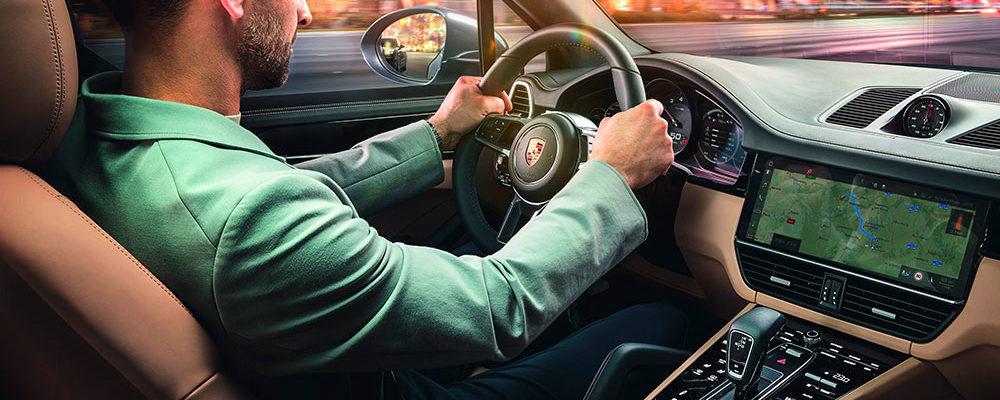 100 Prozent vernetzt: Porsche Cayenne mit neuen Connect-Funktionen
